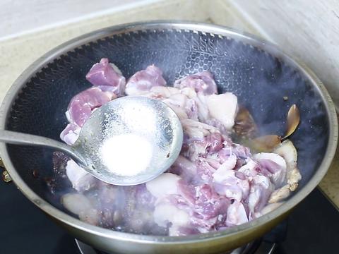 吃了30年鸭肉,最好吃的还是这种家常做法,简单易学,好吃下饭