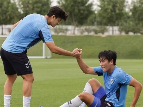 中超传来消息:苏宁决定和恒大抢人,中国足球希望在哪?