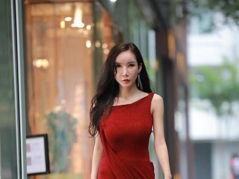 35岁阿姨的背心裙,既有高贵典雅,又有成熟魅力!