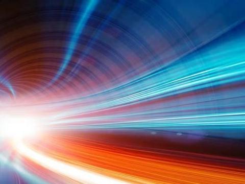 科学家:光速就是光速,不需要达到!