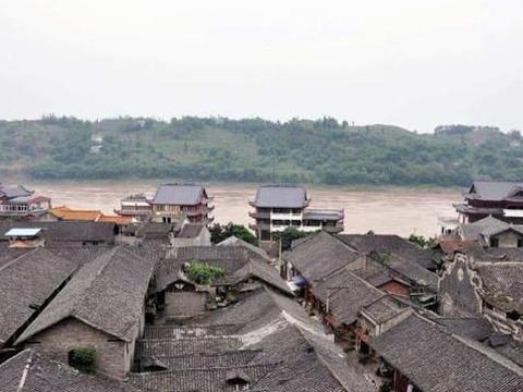 四川具特色的小镇,被人们忽视,是全国第一批有许多特色的古建筑