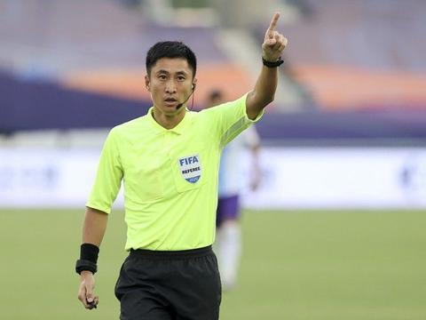 足协公布2021国际级裁判名单:马宁、傅明、张雷、沈寅豪在列