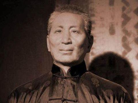 西川恶霸地主刘文彩,占地万亩枪杀革命党人,如今后人高调祭祖