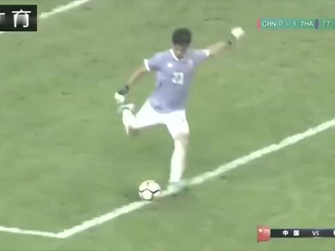有谁留意到中国杯比赛,中韦世豪与卡纳瓦罗这个细节!