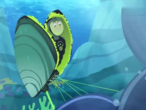 克里斯躲在海底,却碰上了小海螺,要成为它们的食物了吗