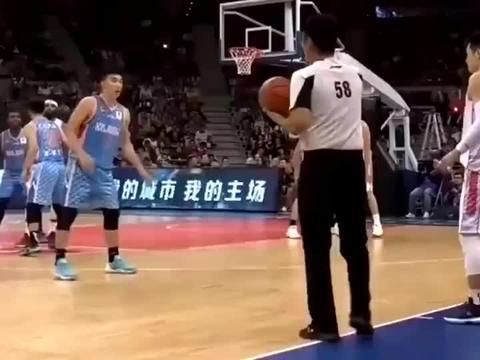 射手杜润旺一战成名,一次次三分球拯救广东