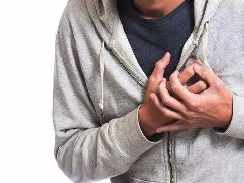 心电图、彩超正常,但心脏会不舒服且胸闷憋气,这是什么原因呢?