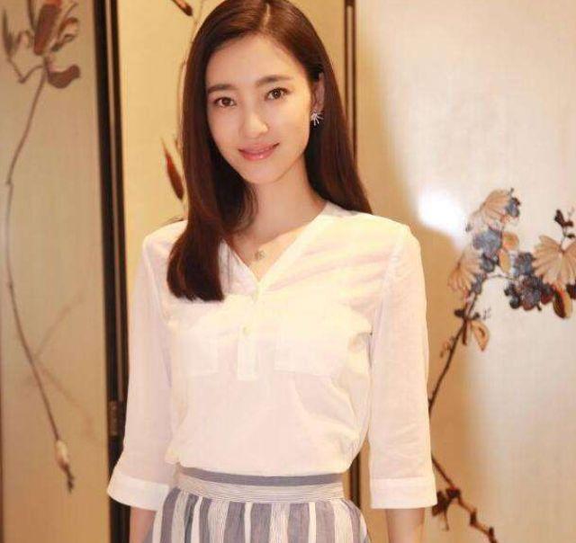 王丽坤和他相爱8年,把最好的青春都给了他,最后他和别人结婚了