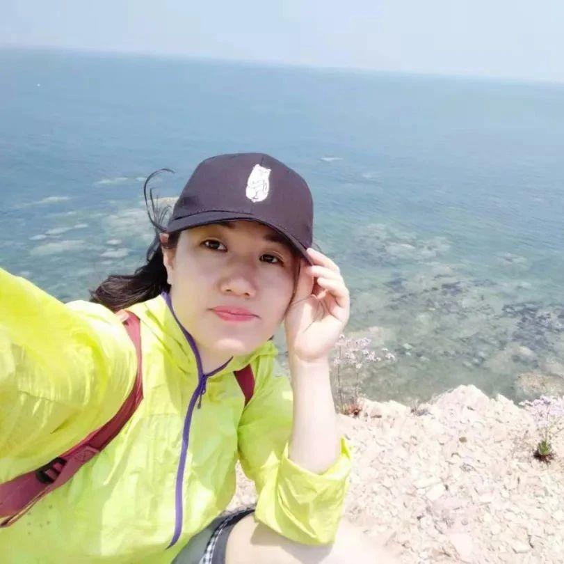 一起恋爱吧   黄岛小姐姐,爱好爬山、步行和羽毛球!