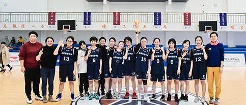 上海女篮 | 决赛2分夺冠!可能是凯初最坎坷的女篮冠军?