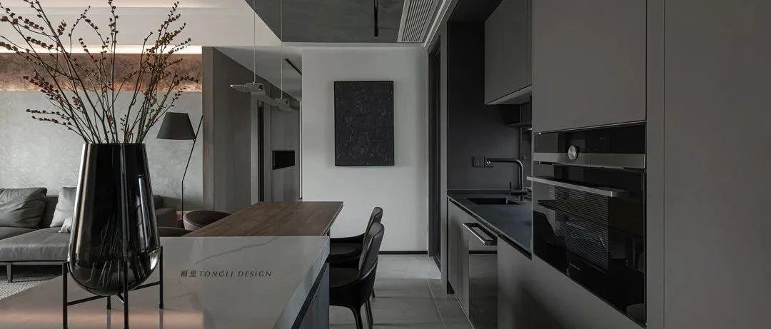 简约黑白灰,LDK一体化设计,拥有MINI花园的轻工业之家