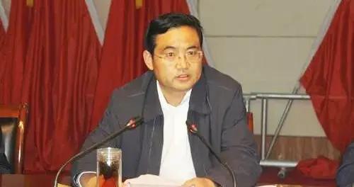 青海省原副省长文国栋被决定逮捕