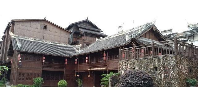 """贵州""""最具民族特色""""古镇,古建众多风格迥异,民族风情很浓厚"""