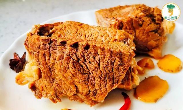 """做酱牛肉,谨记""""先腌后焯水"""",做对了,肉酥酱浓有嚼劲,不柴硬"""