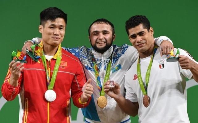 里约举重冠军被停赛,中国小将或递补,中国举重军团曾被禁赛1年