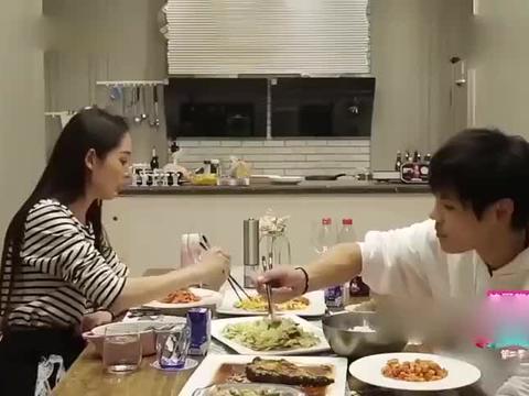 郭碧婷说自己三天没吃饭,向佐气炸:你还能更懒一点吗!