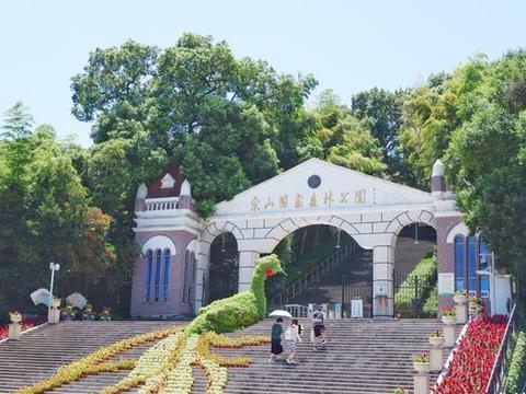 上海唯一的山区地带,周末避暑森林氧吧,还有欧洲遗留的百年教堂