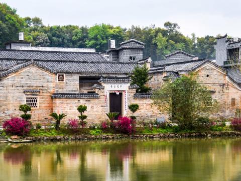 江南保存完好的客家古村落,地处赣县区最北端,客家文化浓厚