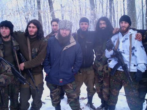 """小卡德罗夫指挥,""""高加索酋长国埃米尔""""被打死,车臣叛军遭重创"""