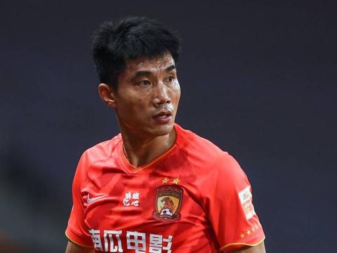 广州恒大俱乐部官宣郑智不再担任总经理一职,球迷对此表示不懂