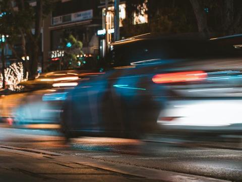 吉利汽车销量下滑后大动作不断 转型新能源汽车非坦途