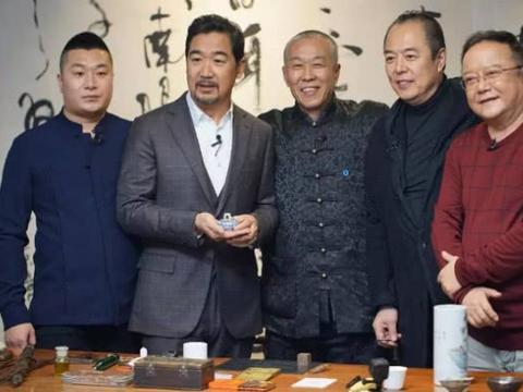 葛优、冯巩、赵本山年过六旬均已衰老,唯有他还像30岁小伙