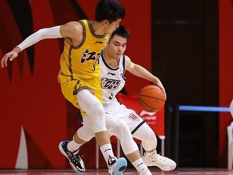 祝铭震1分,郑祺龙5分,广州119-94大胜江苏,本赛季4杀对手!