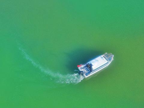 广西东湖有着星罗棋布的岛屿,民俗风情也超浓厚