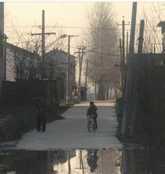 河水围困村庄 村民出入困难事发夏邑县胡桥乡