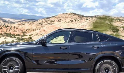 全新宝马X6M,外观很时尚,搭载4.4T发动机