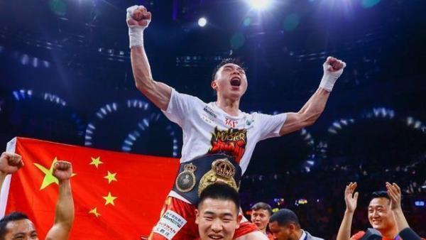 拳王徐灿回击对手谣言:保护你的好下巴,那是我的