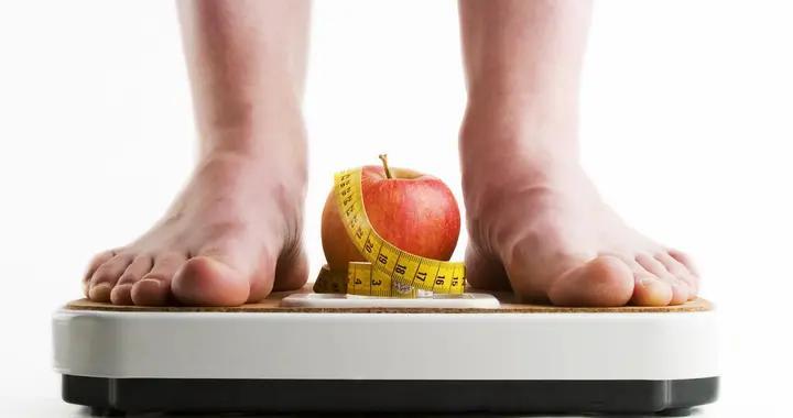 保持一样的热量和运动,为什么节食减肥一段时间后比以前更胖了?