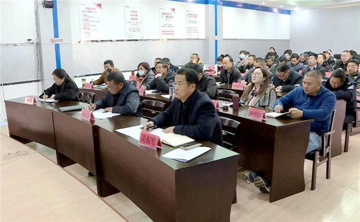 玉龙县长和红卫安排部署全县新冠肺炎疫情防控工作