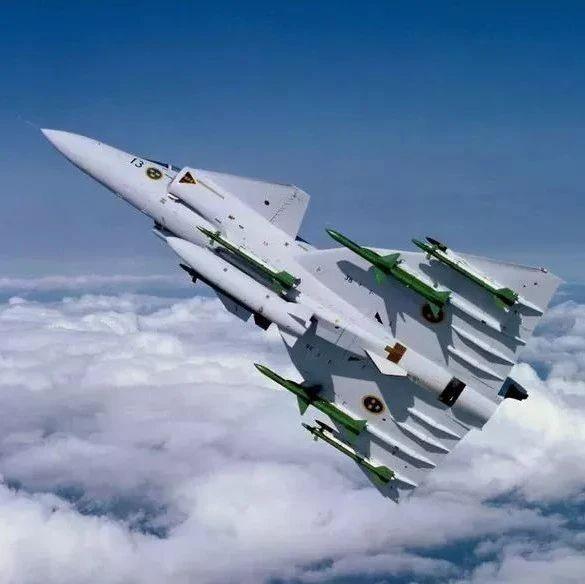 六十年代美国也有个歼10战斗机方案:采用鸭式三角翼布局!