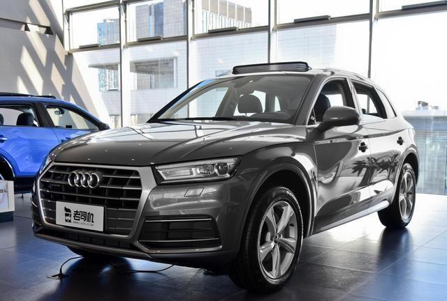 奥迪的高性价比SUV,空间超越宝马X3,带你看奥迪Q5L