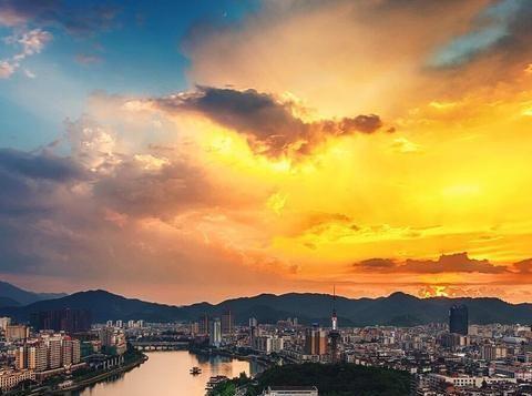 广东一县被百亿高铁相中,坐拥1984万吨铁矿,当地百姓富得流油!
