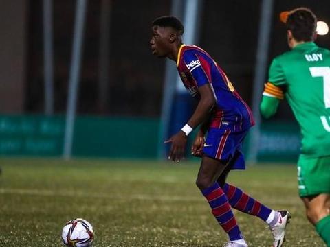 巴萨加时2-0西乙B球队晋级,登贝莱建功