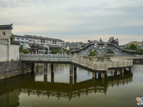 安徽首个全国森林旅游示范县,入选中国最美县域,还和太湖重名