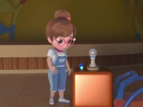 百变校巴:手电筒玩出新华样,小可爱争着尝试,不害怕了!