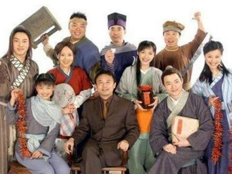 《武林外传》播出十五周年,闫妮发文庆祝,白展堂身材走样