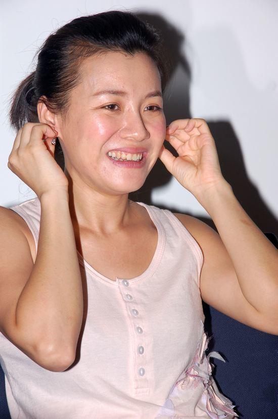 刘琳曾是北影校花,遭著名导演分手,相亲百次嫁入豪门成赢家