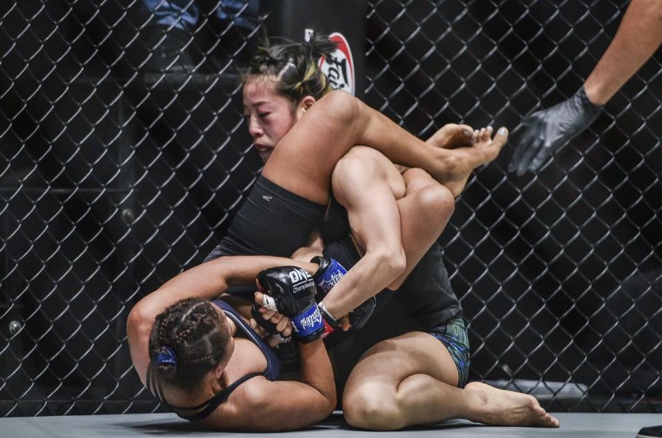 张伟丽克星完胜前世界冠军挑战者,亚洲顶级格斗赛火爆落幕