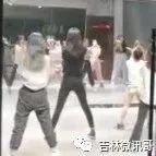 网曝吉林市万达广场随便进出没人测温,舞蹈培训学校还在上课…