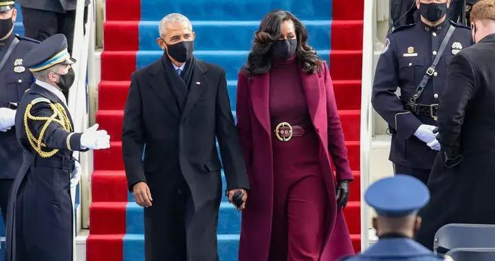 奥巴马夫妇惊艳拜登就职典礼,他穿西服好绅士,米歇尔霸气出圈