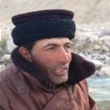 全国劳模拉齐尼:冰湖救落水儿童遇难,家族三代巡边