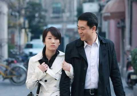 张嘉译带了李乃文多年都没火,跟靳东拍了一部剧,却大红大紫了!