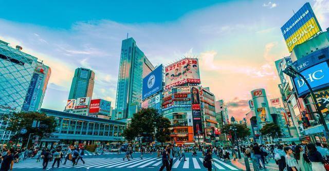 上海gdp纽约gdp_上海GDP接近4万亿,金融交易超2200万亿元,全力追赶纽约