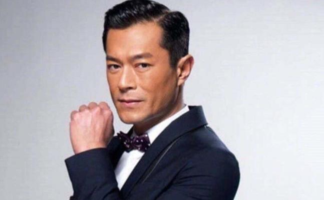 曾被认为圈中最穷的巨星,吴彦祖都说不够他帅,50岁依旧单身一人