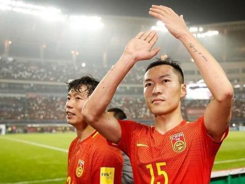 """成为中国足球""""全满贯""""的他,终于成为了双料队长"""