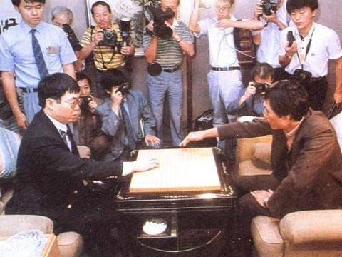 中韩围棋传奇再演巅峰对话 聂卫平曹薰铉第21次较量